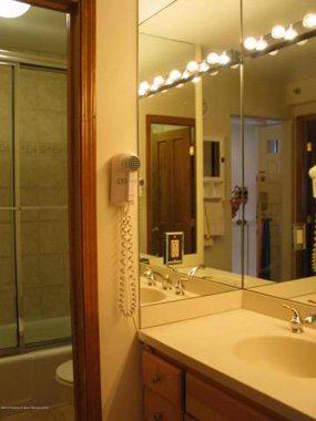 Aspen real estate 010117 141740 400 Wood Road 2206 5 190H