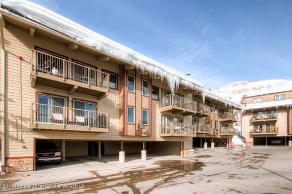 Aspen real estate 010117 142394 55 Upper Woodbridge Road E 1 1 590W