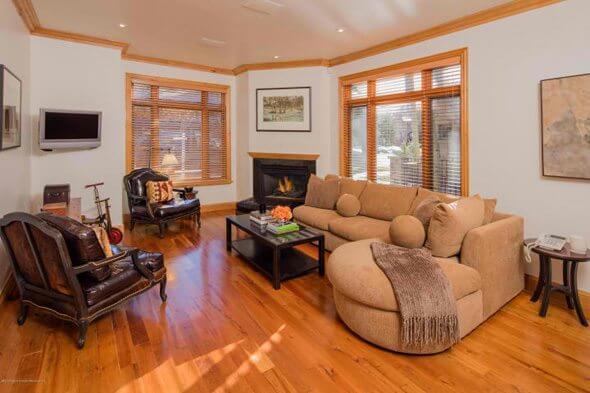Aspen real estate 010117 143423 922 E Cooper Avenue 2 590W