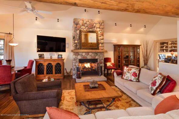 Aspen real estate 011517 145500 311 Park Avenue 2 590W