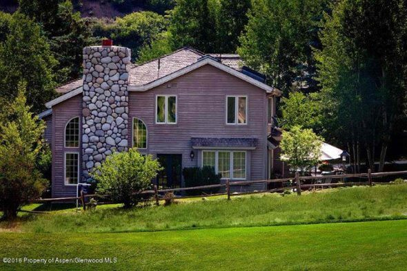 Aspen real estate 041617 144933 257 Fairway Drive 1 590W