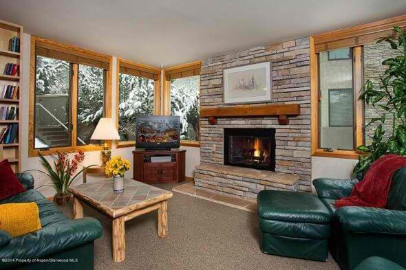 Aspen real estate 051417 146868 135 Carriage Way 29 1 590W