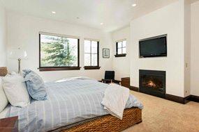 Aspen real estate 052817 147902 566 Race Street 4 190H