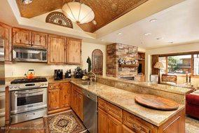 Aspen real estate 090317 149799 718 S Mill Street Unit 7 3 190H