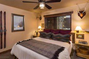 Aspen real estate 091717 142778 400 Wood Road 2110 4 190H