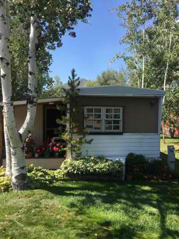Aspen real estate 091717 150860 11 Aspen Village 1 590W
