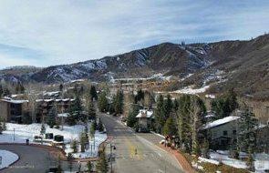 Aspen real estate 101517 148870 90 Carriage Way Capitol Peak B Unit 413 3 190H