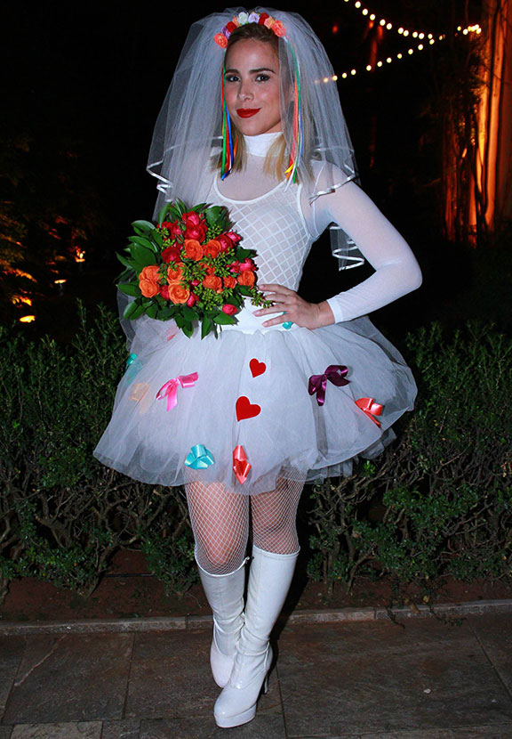 Wanessa capricha no vestido de noiva em festa julina, veja quem mais foi! -  Estrelando