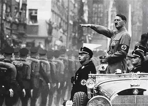 Resultado de imagem para imagens segunda guerra mundial