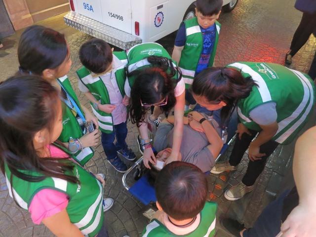 KidZania Kids as Paramedics