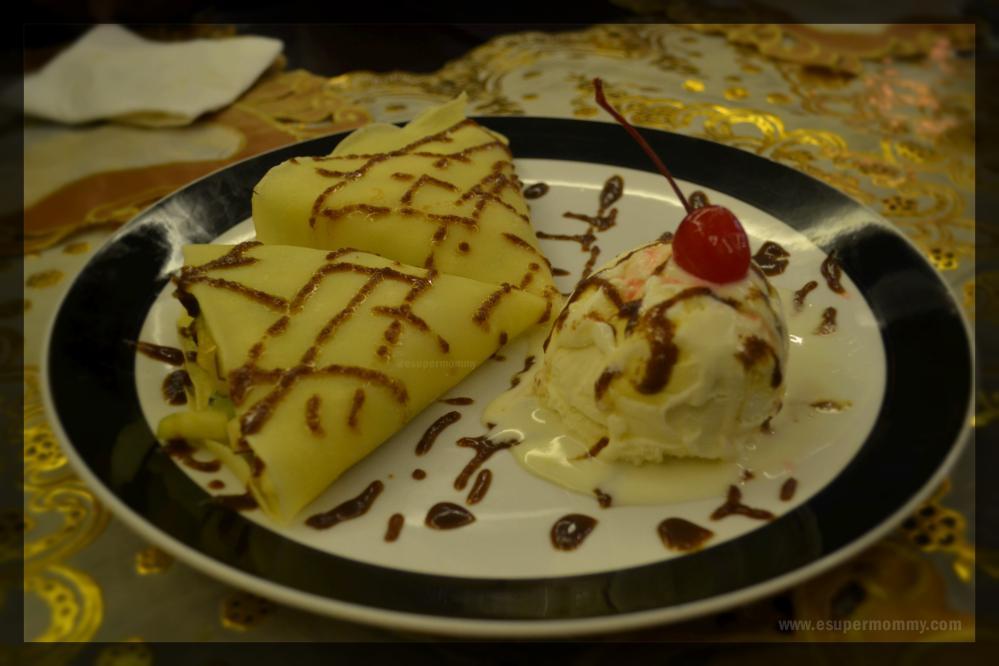 Fruit-crepe