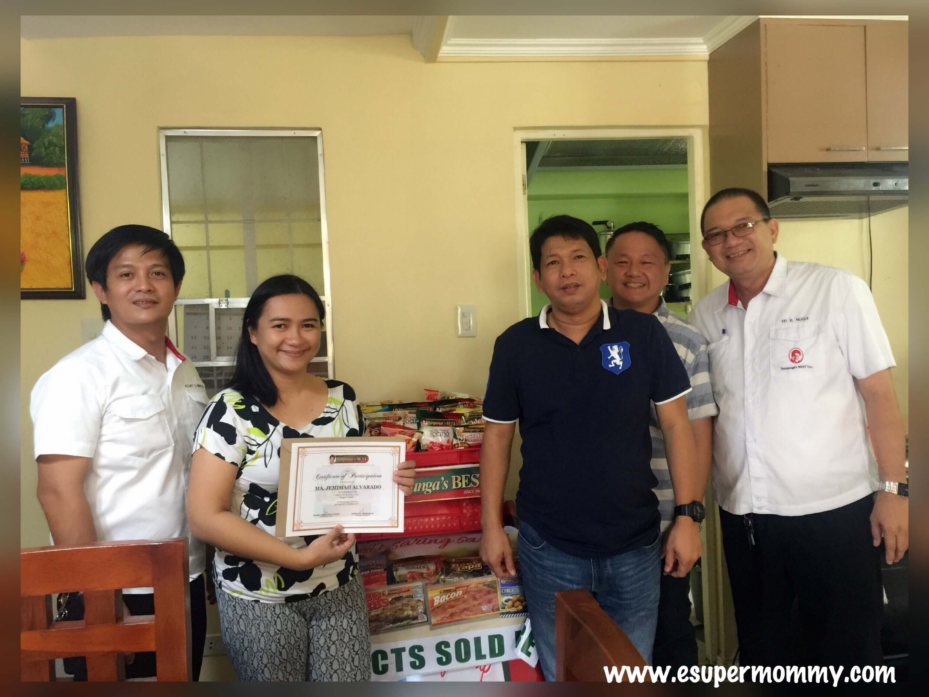 Pampanga's Best Team (from Left-to-right): Mr. Veejay Montoya- District Sales Supervisor, Officer, Mommy Jem, (Sorry forgot the name of the mister in black shirt), Mr. Angelo Angeles Jr. - Marketing Manager and Mr. Edwin Nuqui-Regional Sales Manager.