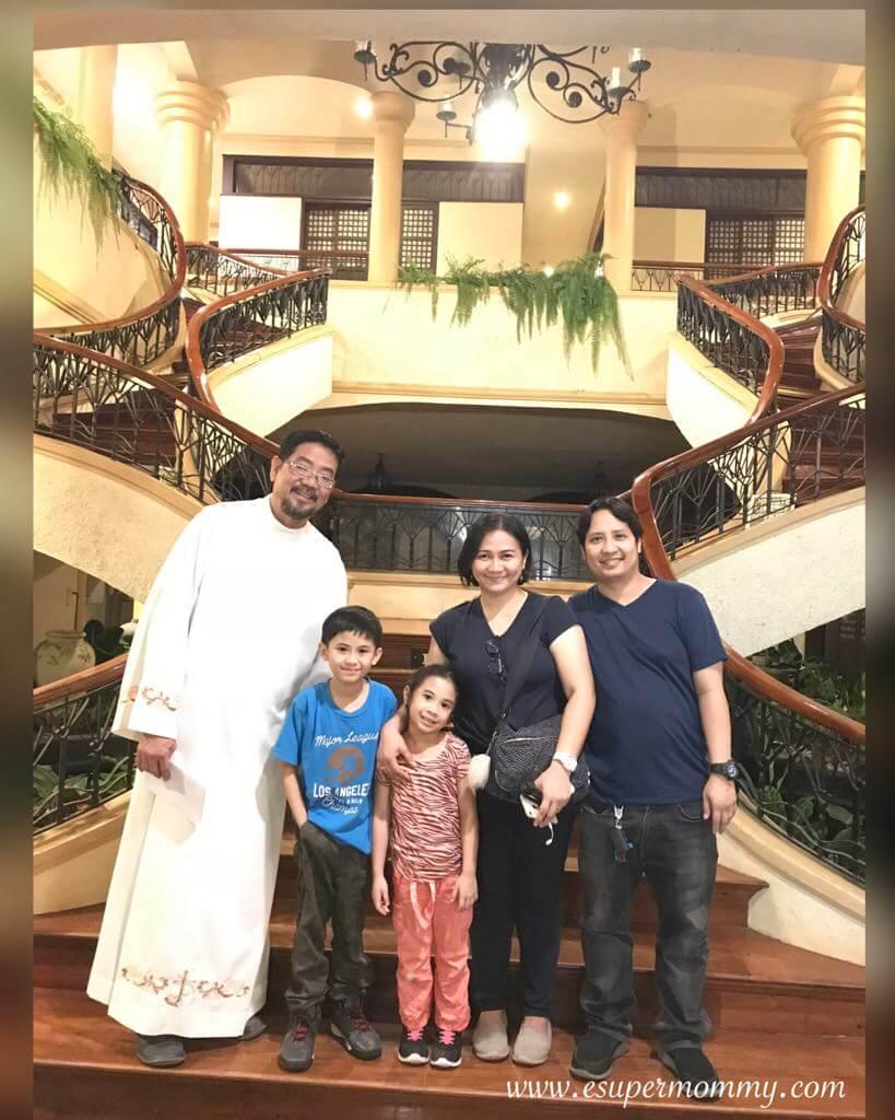 My Family with Fr. Melchor Saria