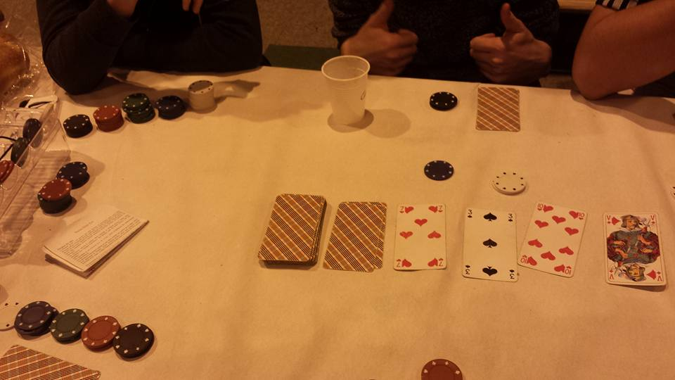 Petit poker pour garder les yeux ouverts...