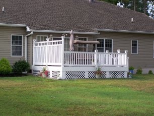Kent Deck with Semi Privacy Fence