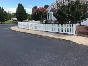 "36"" Virginia Straight Vinyl Picket Fence"