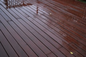 5 Signs that You Need to Install a New Deck