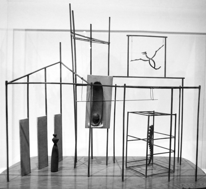Giacometti: Palota, hajnali négykor