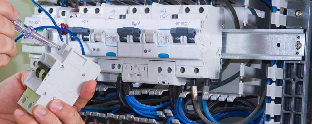 Tarif d'un électricien au Black à paris pour rénovation & travaux