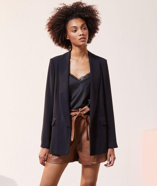 Veste droite noir.