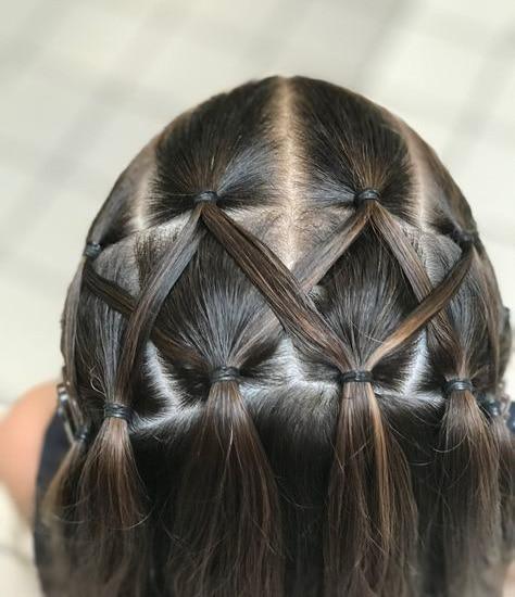 Girl hairstyle Mini interlocking pigtails