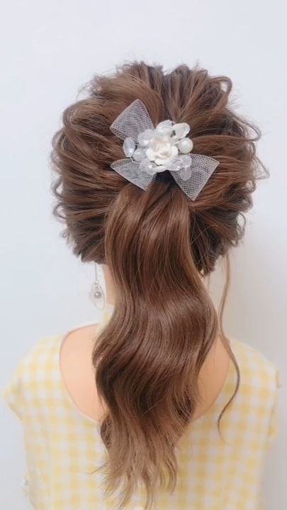 Easy hairstyle for girl New version of the typical ponytail