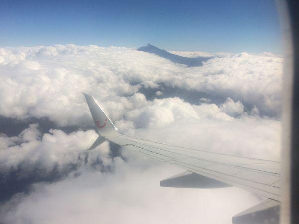 Reise nach La Gomera per Flugzeug über Teneriffa Süd