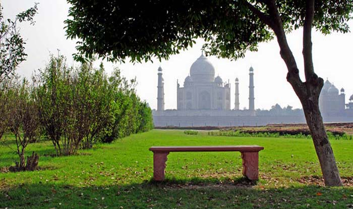 BEST PLACES TO VISIT IN AGRA-Mehtab Bagh
