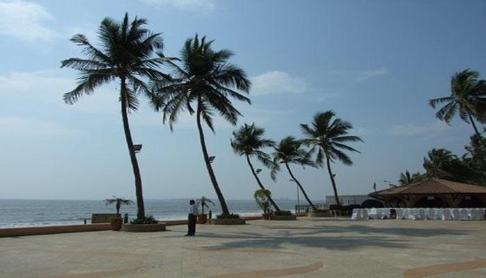 Places to See in Mumbai-Juhu Beach