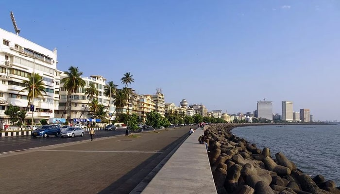 Places to See in Mumbai-Marine Drive