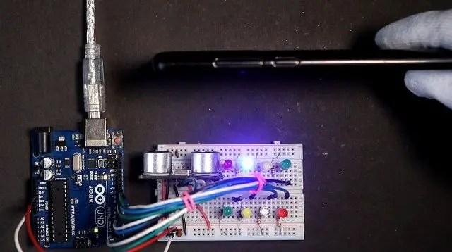 Distance Status using LEDs with Ultrasonic Sensor