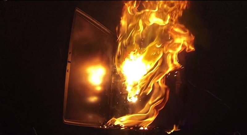 burning_thermite_laptop
