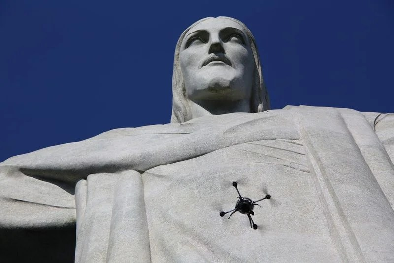 Projeto-Redentor-Aeryon-Scout-Statue.0