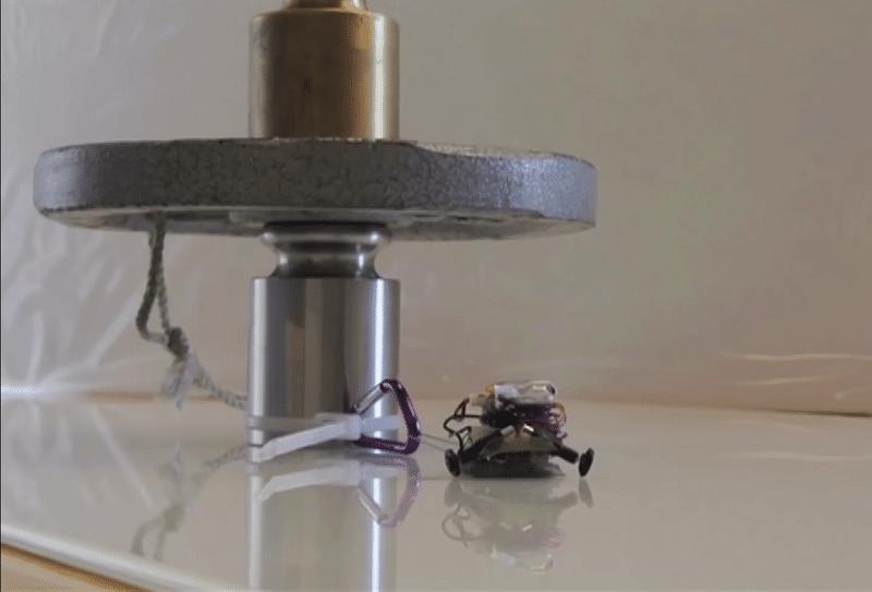 mini pulling robot