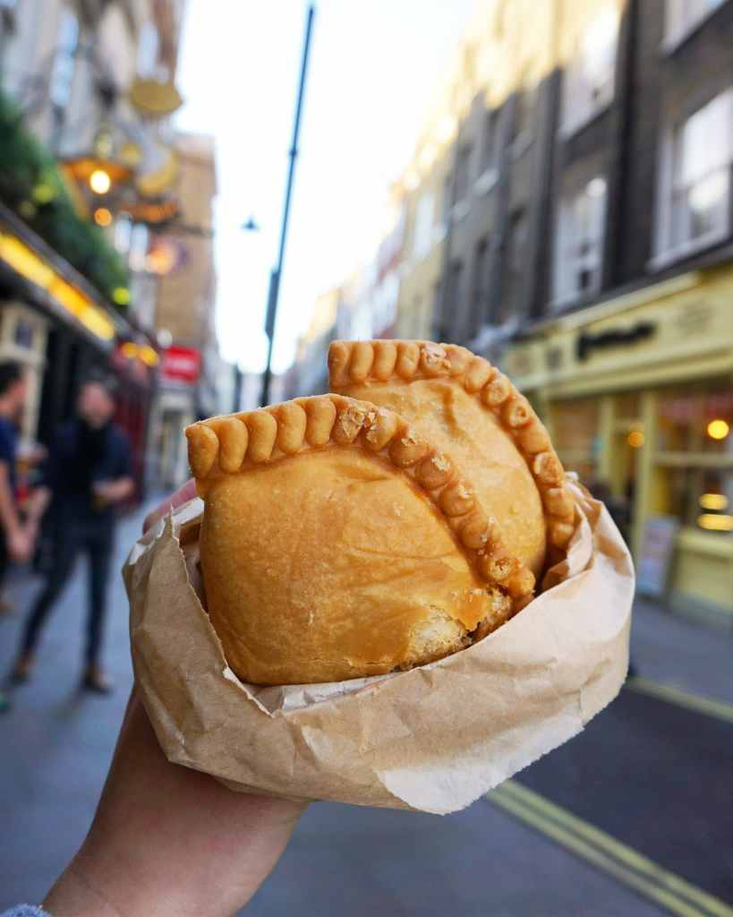 Image of Curry Puffs at Old Chang Kee