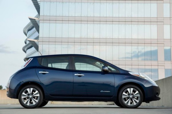 The new 2016 Nissan LEAF