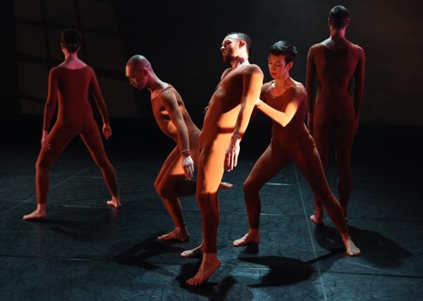 Postmodern dance: the Trisha Brown company