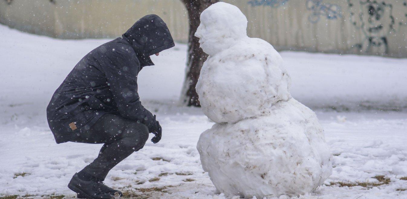 Καιρός – «Ζηνοβία»: Έρχεται νέο κύμα χιονιά τη Δευτέρα