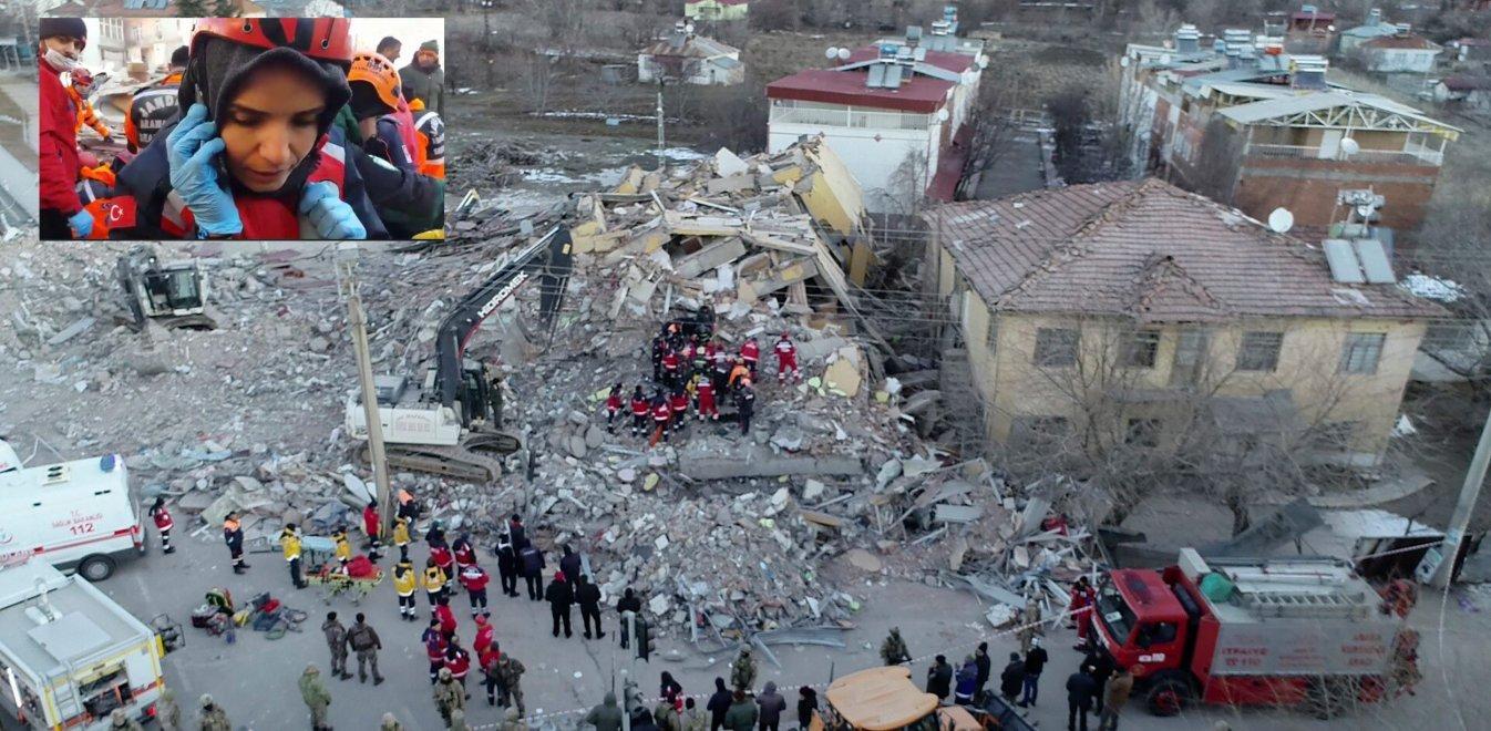 Σεισμός Τουρκία: Γυναίκα μιλά από τα συντρίμμια - Στους 22 οι νεκροί