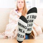 2 Paires Si Vous Pouvez Lire Ceci Apportez-Moi Un Verre de Vin Café Bière Chaussettes en Coton Hommes Femmes Chaussettes pour Anniversaire Pendaison de Crémaillère Noël Nouvel An Cadeau