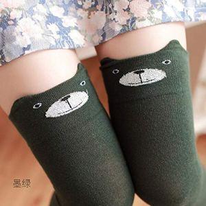 YEESEU Nouveau Coton for Femmes Cartoon Ours Plus Knee Sock Sexy Cuissardes de l'hiver au Chaud Automne Chaussettes en Gros Panda Cat Bas Vêtement Chaud (Color : Green Bear)