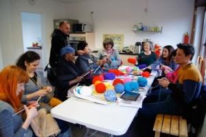 yarn bombing pour les fieris feeris