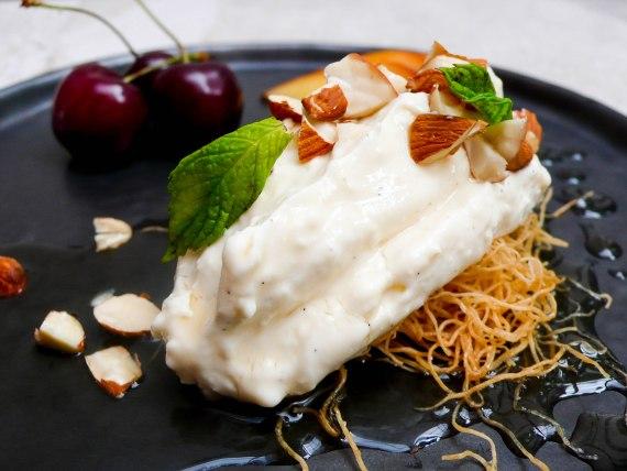 Honning- og fetaostekake - oppskrift / Et kjøkken i Istanbul