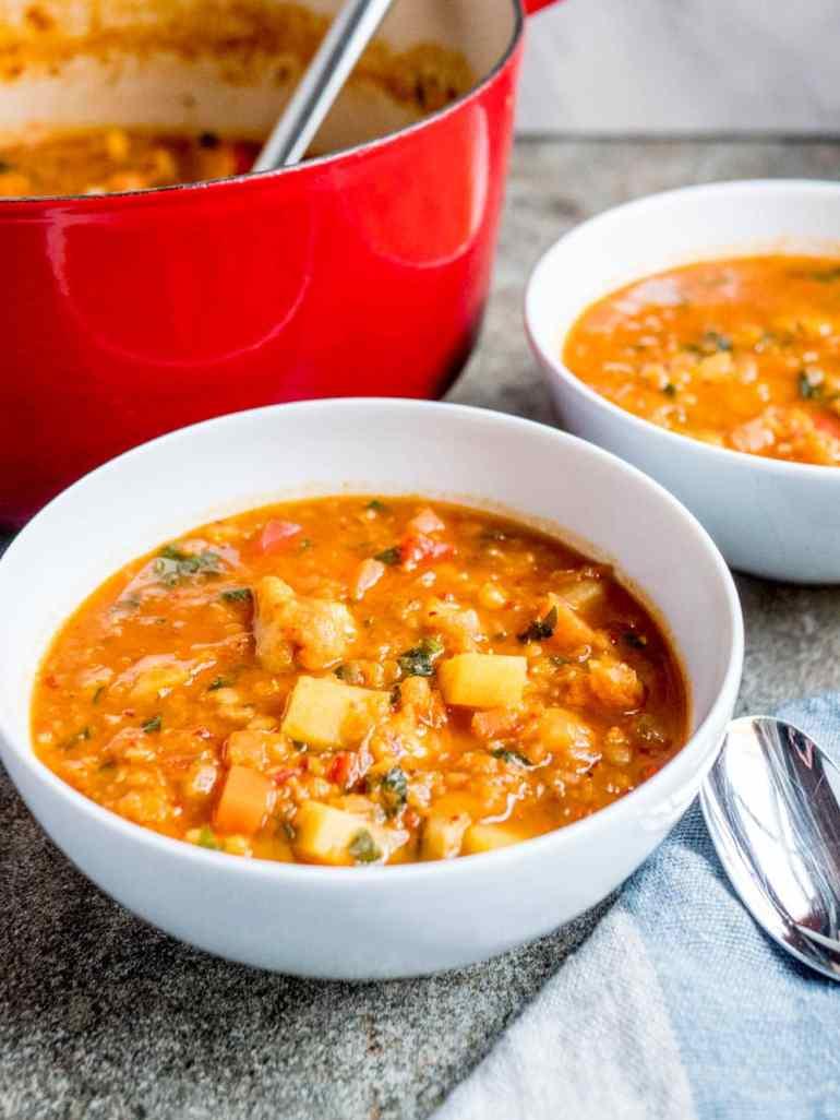 Chunky linsesuppe med grønnsaker - oppskrift / Et kjøkken i Istanbul