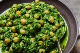 Kikerter med svartkål - oppskrift / Et kjøkken i Istanbul