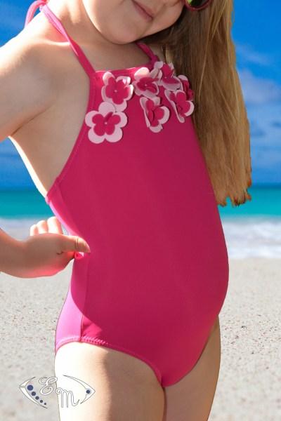 maillot de bain, plage, lycra, patron de couture, lingerie, sous vêtement, dessous, enfant, fille, fillette, une pièce, deux pièces, culotte, brassière, liberty, mer, piscine, lac