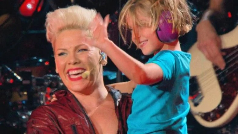 Pink - Exclusive Interviews, Pictures & More   Entertainment Tonight