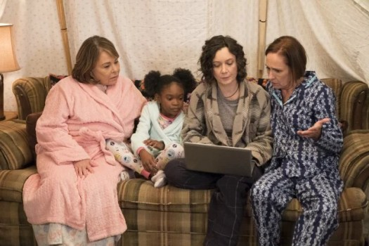 Roseanne, Mary, Darlene und Jackie - Folge 1005