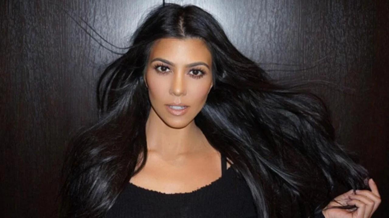 Kourtney Kardashian Rocks A Sexy Leather Two Piece In Las