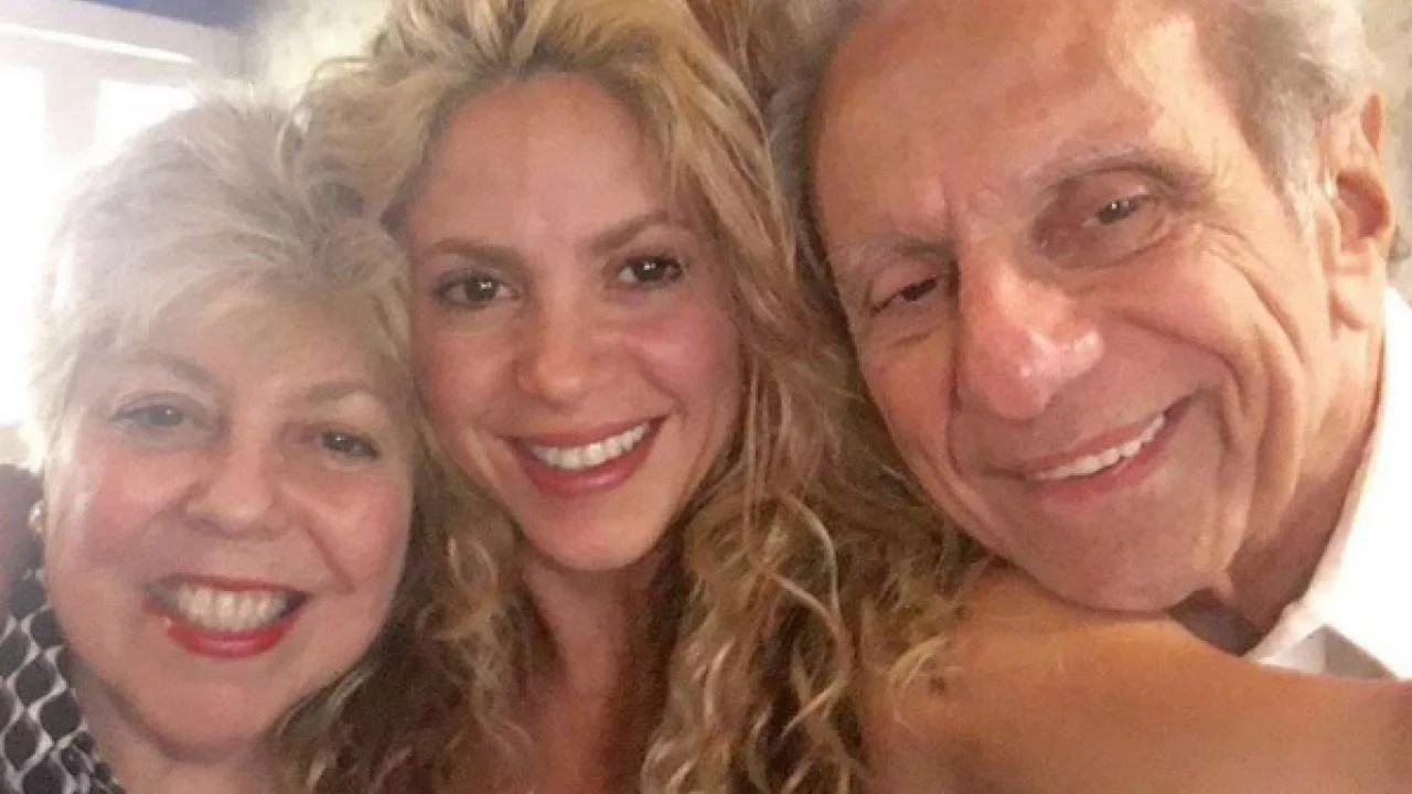 Shakira Celebrates Father's 85th Birthday With Adorable ...